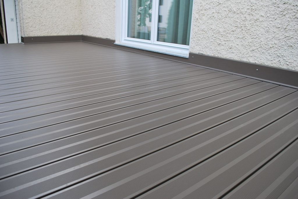 balkonboden aus aluminium der boden ohne wartungen. Black Bedroom Furniture Sets. Home Design Ideas